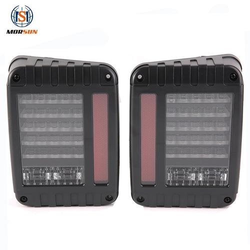 Untuk Jeep Wrangler 2007+ kendaraan dipimpin lampu ekor versi AS / Eropa Lampu belakang sistem penerangan mobil otomatis