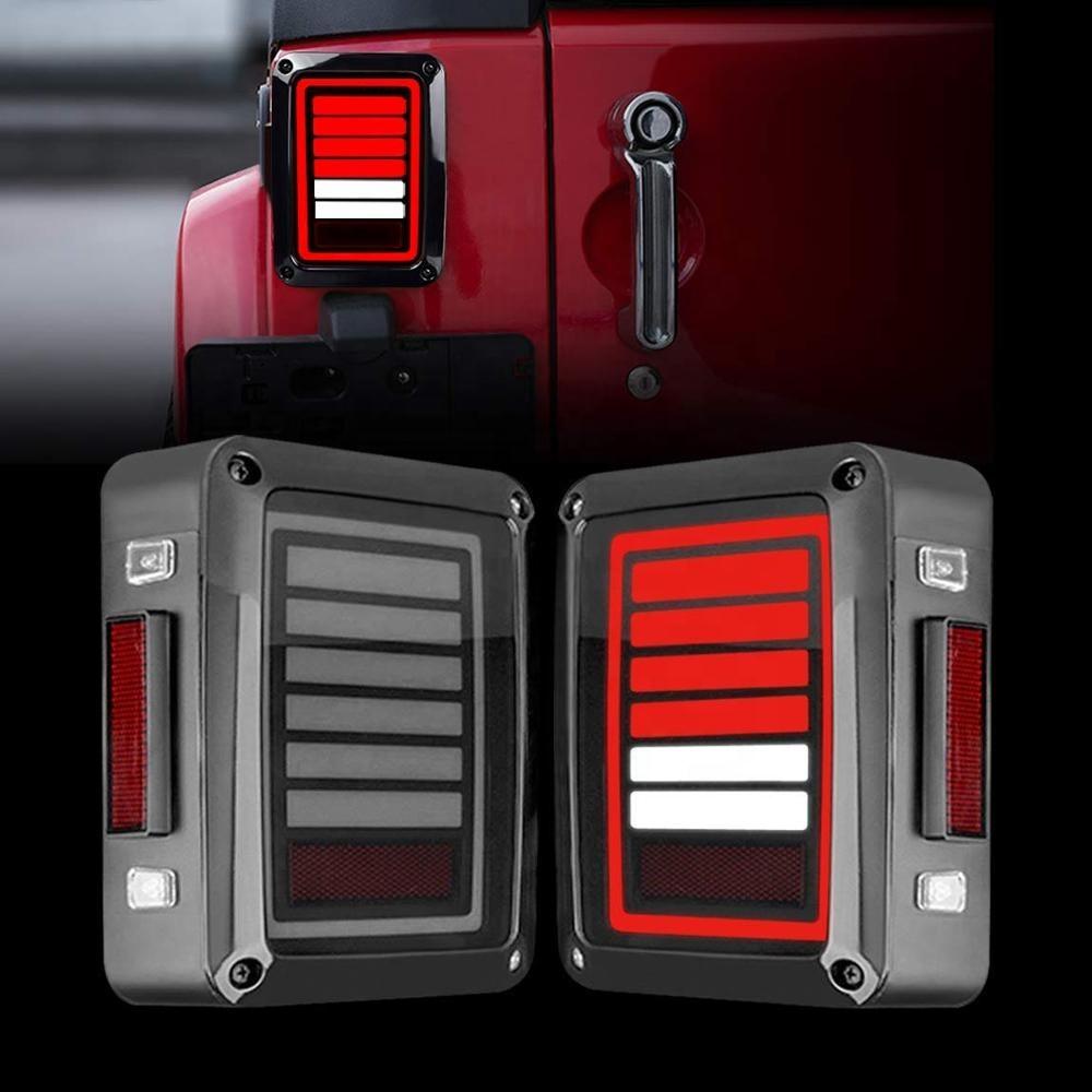 مصباح LED خلفي للسيارة 12 فولت عدسة مدخنة مصباح LED للتوقف الذيل لـ Jeep Wrangler JK